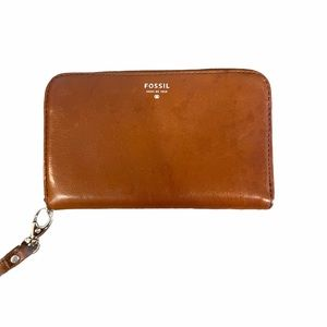 Fossil Leather Wristlet Phone Case